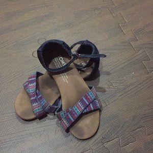 Toms girls sandals size Y13.5